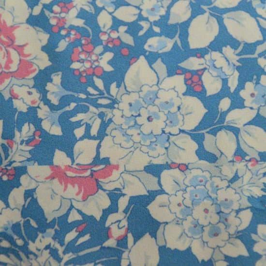 303 flores azules, beig y rosas