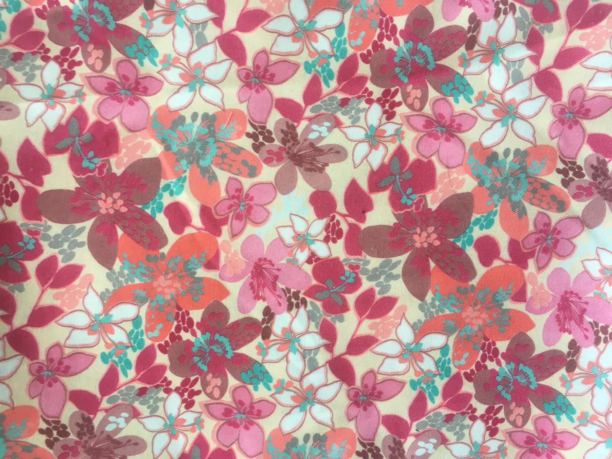 310 flores fucsia marron