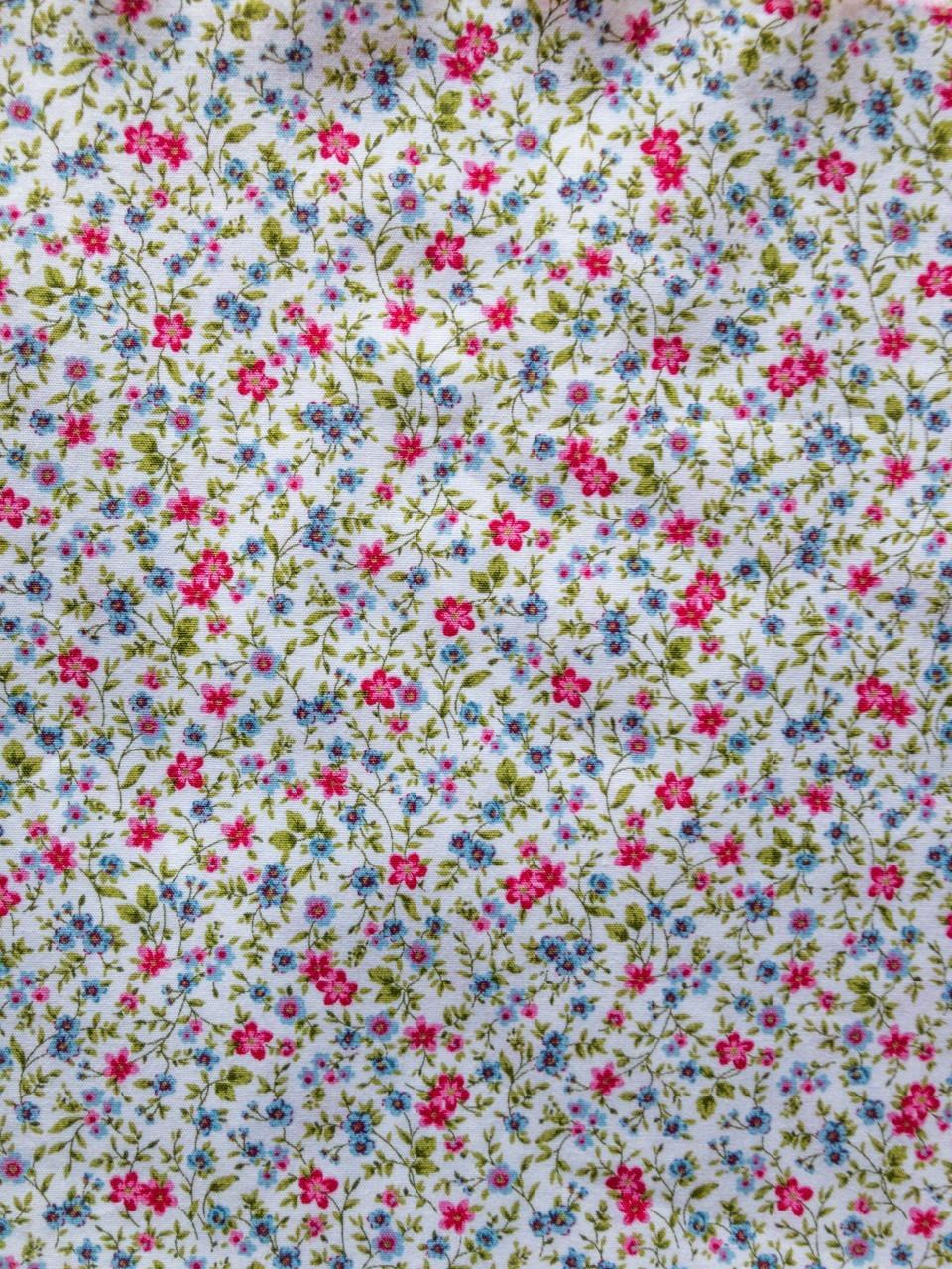 324 florecitas fresa y azul